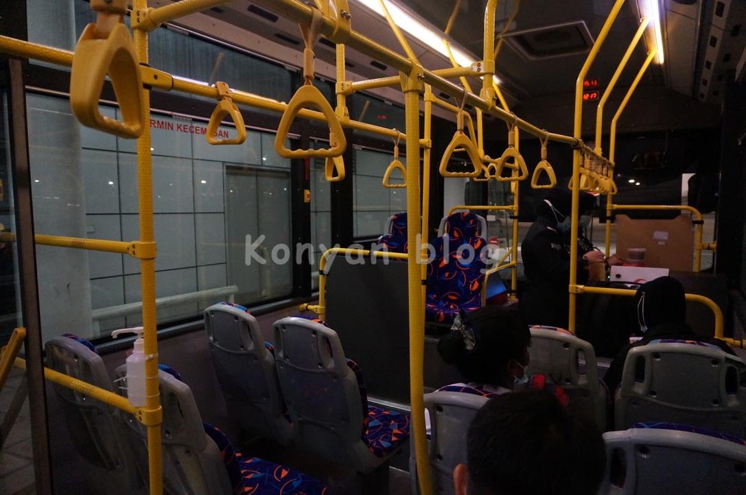 KLIA バス