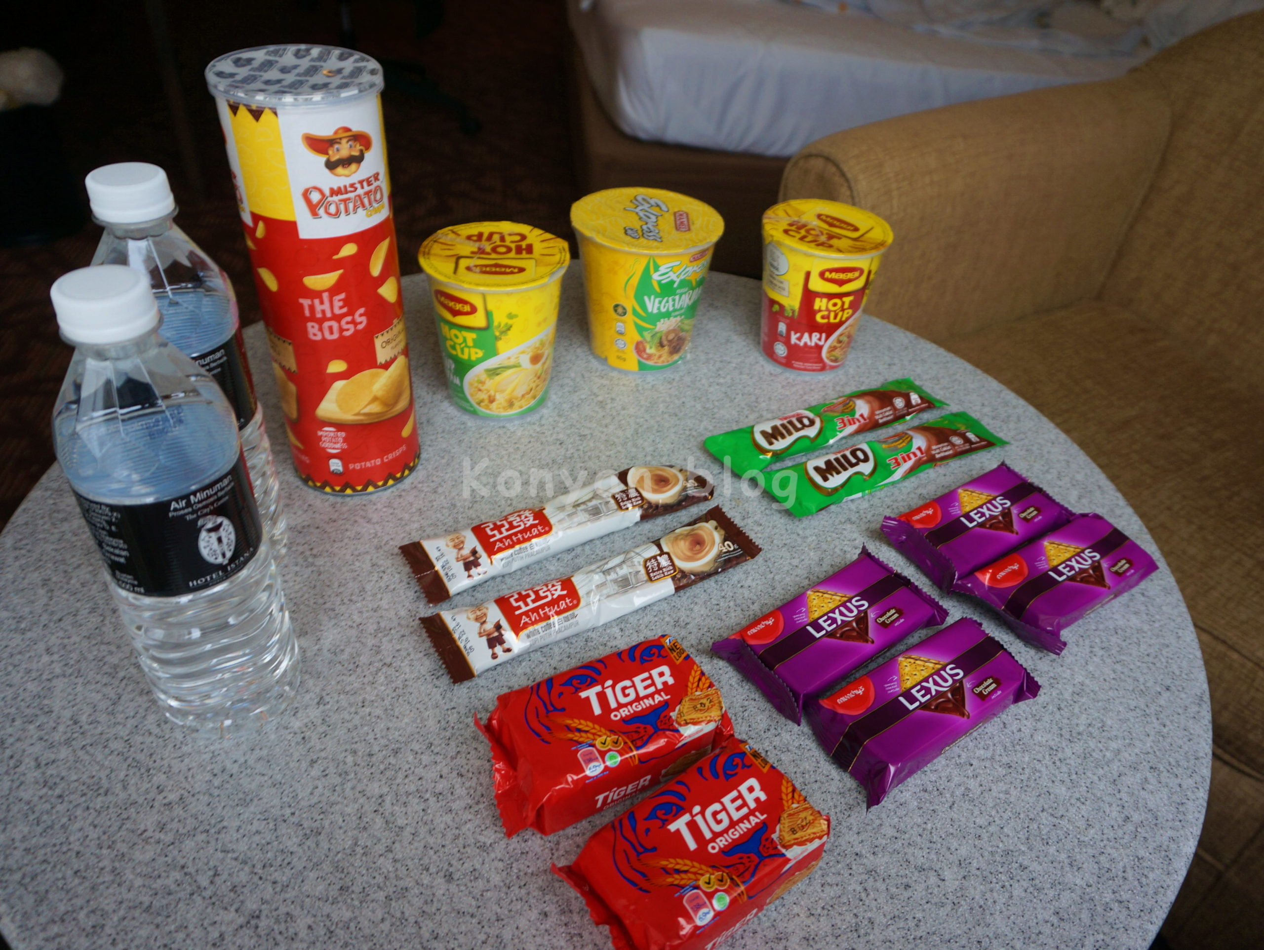 snack in q-stay package