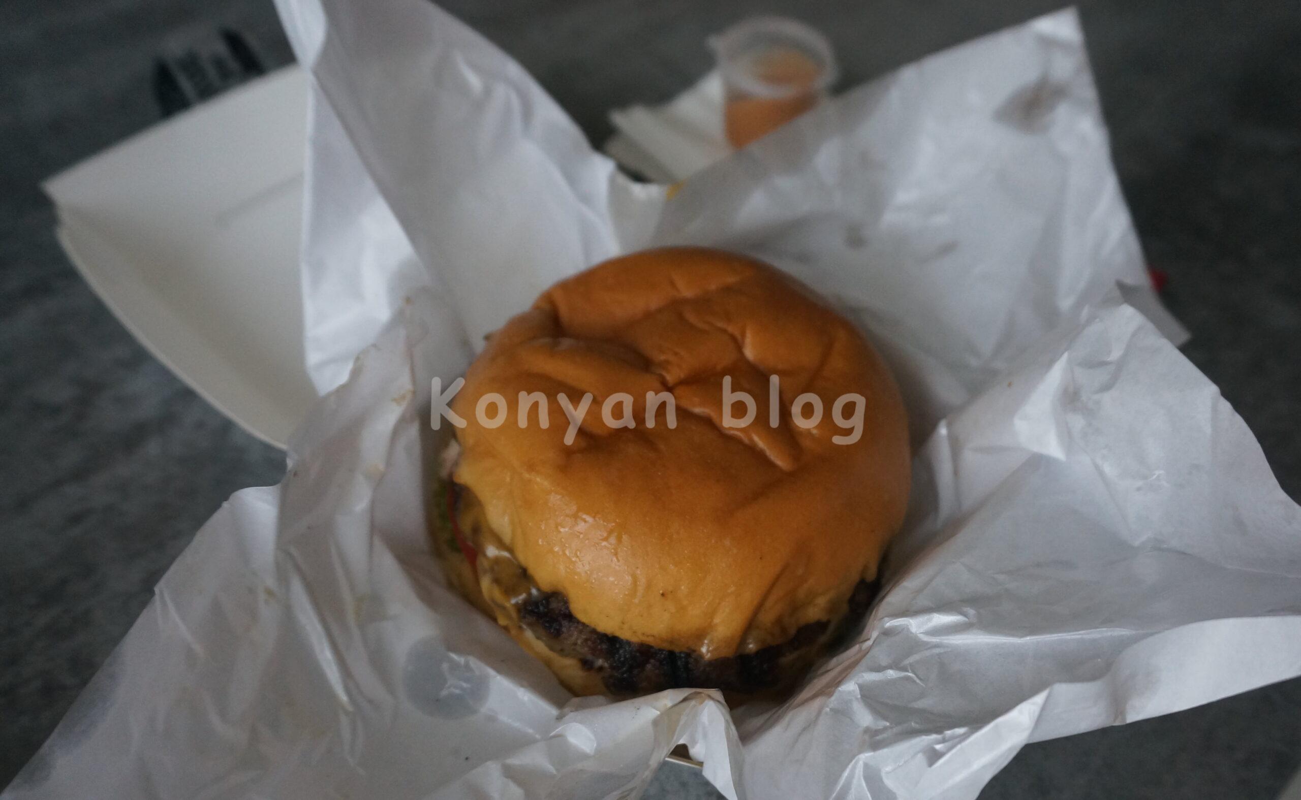 burger on 16 hamburger
